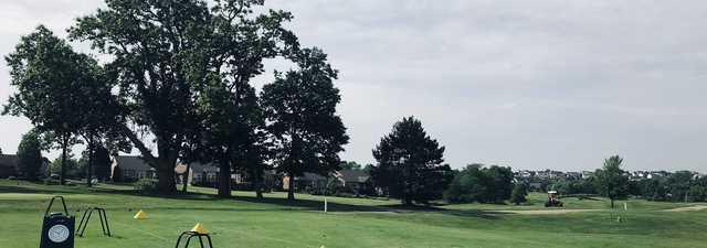 Walden Ponds GC: Practice area