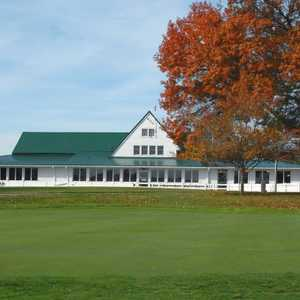 Elks CC: Clubhouse