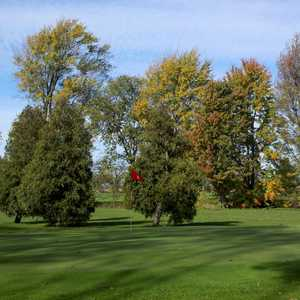 Spuyten Duyval Golf Club - East: #9