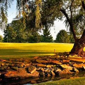 Sawmill Creek Golf & Racquet Club: Pro shop
