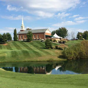 Chapel Hill GC: Clubhouse